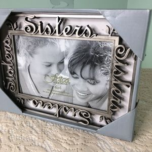 Sisters Pewter Metal Picture Frame 6 x 4 NWT